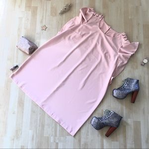 Baby pink dress w/ruffle sleeves & laced shoulders